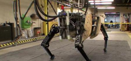 Разработка военного робота-собаки принадлежит американцам