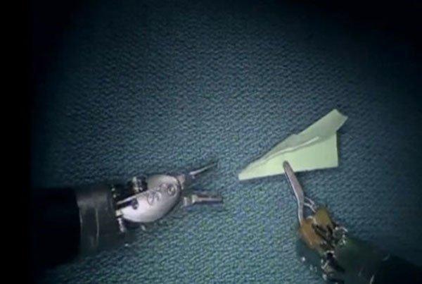 Доктор воспользовался хирургическим роботом da Vinci и использовал его в нехирургических целях